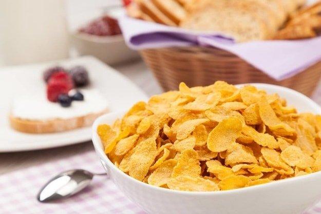 10 продуктов из-за которых мы набираем вес - хлопья